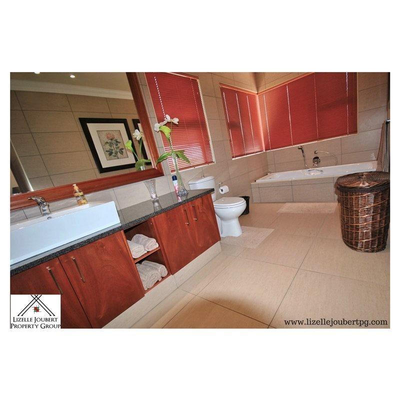 AADI203 – House – Parys – R 5136000