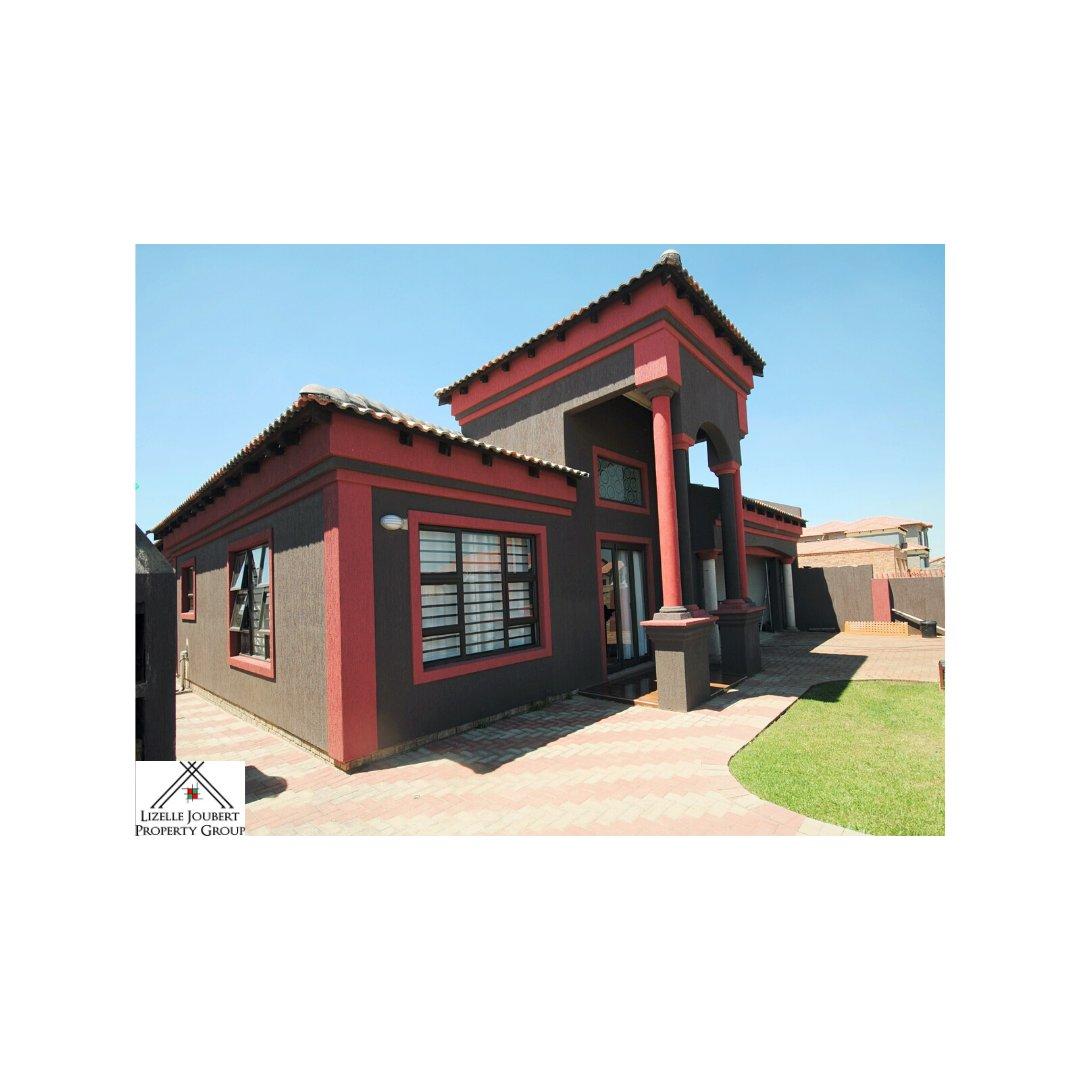 AADI204 – House – CE7 Vanderbijlpark – R 985 000