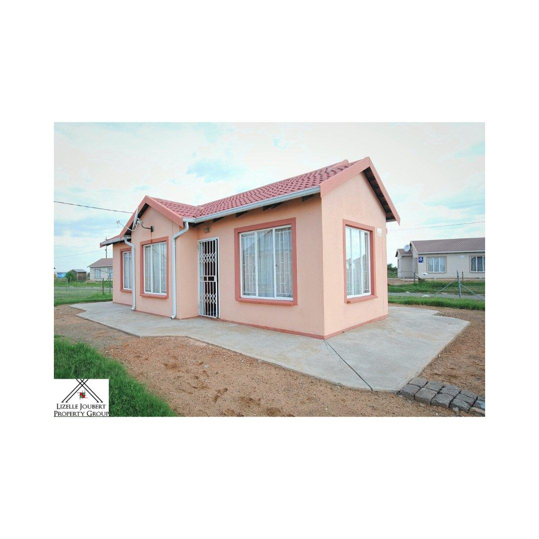 AADI208 – House – Ext 17 Zamdela – R 450000